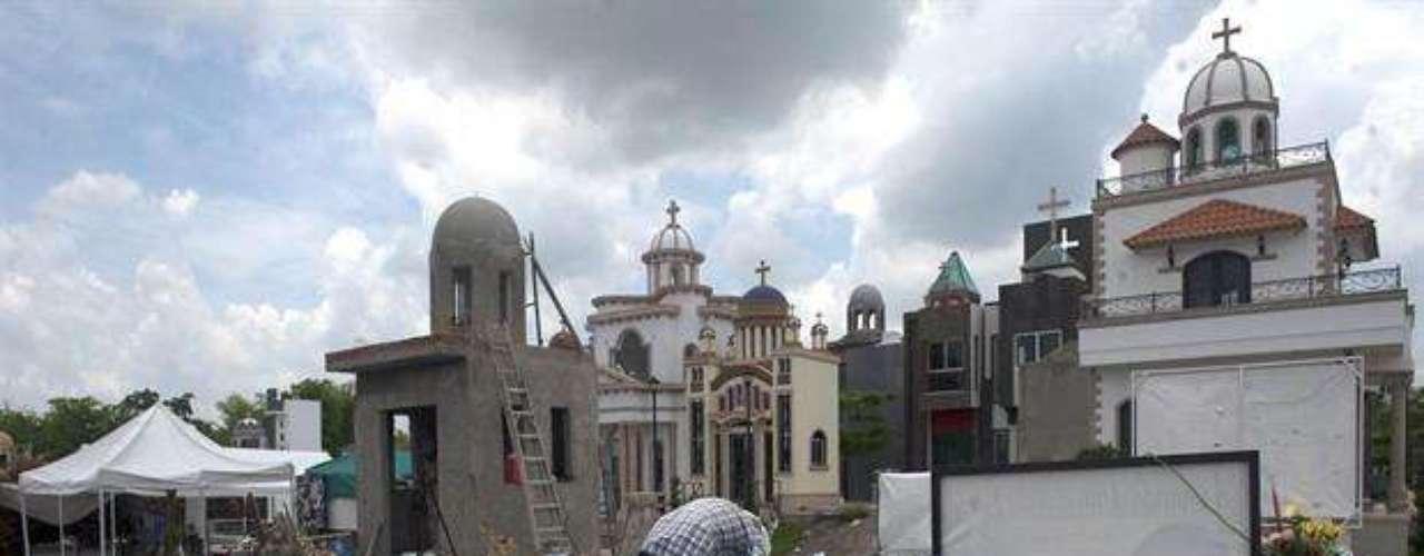 Beltrán y Coronel estuvieron en algún momento aliados en el cártel de Sinaloa aunque eran enemigos al final de sus vidas.