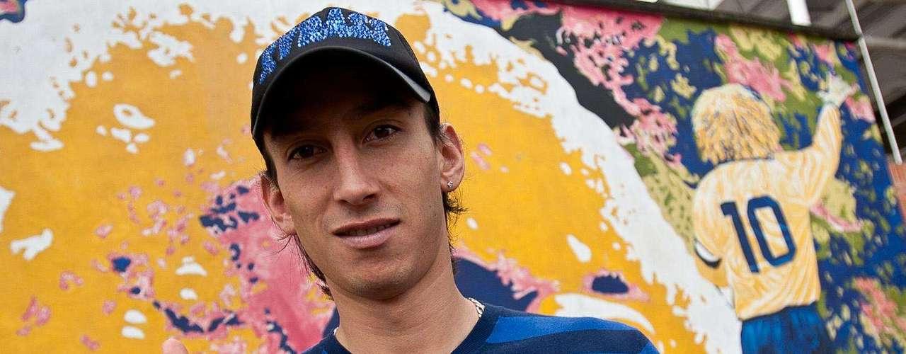 En enero del 2012 Robayo comunicó, a través de su cuenta de Twitter, que no había llegado a un acuerdo con las directivas de Millonarios, por lo que no continuaría en el equipo.  Después se confirmó su traspaso al Chicago Fire de los Estados Unidos.