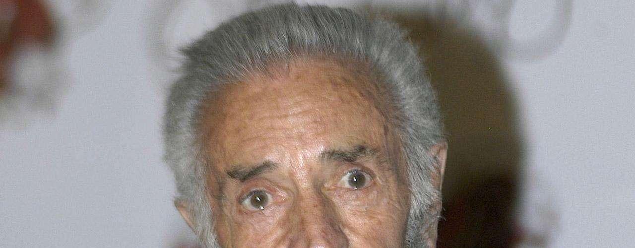 El actor de cine, televisión y teatro Julio Alemán reveló en enero de 2012 que un mes antes había sido diagnósticado con cáncer de pulmón, pero que llevaba su tratamiento contra la enfermedad con optimismo y aún trabajando en la obra 'Perfume de Gardenia'. Falleció, víctima de complicaciones de la enfermedad, el 11 de abril de 2012.