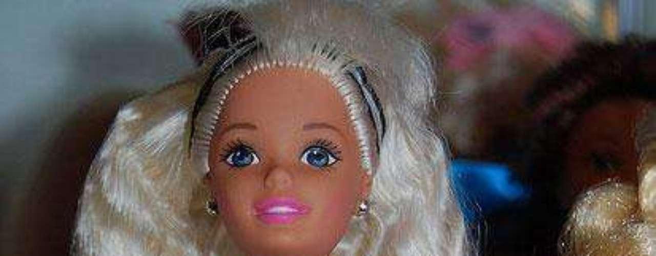 La muñeca fue un fracaso y Mattel debió retirarla del mercado y dejarla solo para coleccionistas.