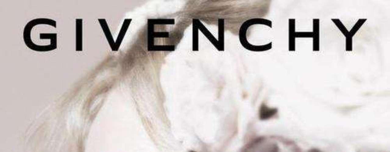 Givenchy (maquillaje). Es una marca francesa de ropa, complementos, perfumes y cosméticos. Fue fundada en 1952 por el diseñador francés Hubert de Givenchy, quien se retiró de la industria en 1995.