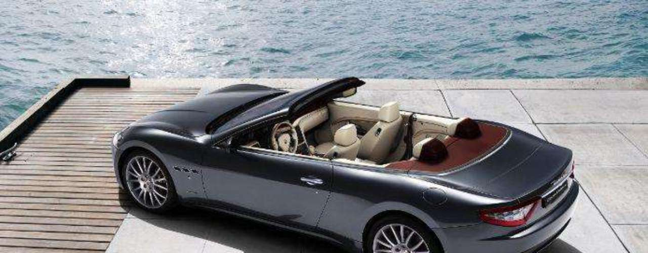 Maserati. Es un fabricante italiano de automóviles deportivos de lujo perteneciente a Fiat. Fue fundada en Bolonia por Alfieri Maserati en 1914. El emblema de Maserati es el tridente, inspirado en la estatua de Neptuno que adorna la Plaza Mayor de Bolonia.