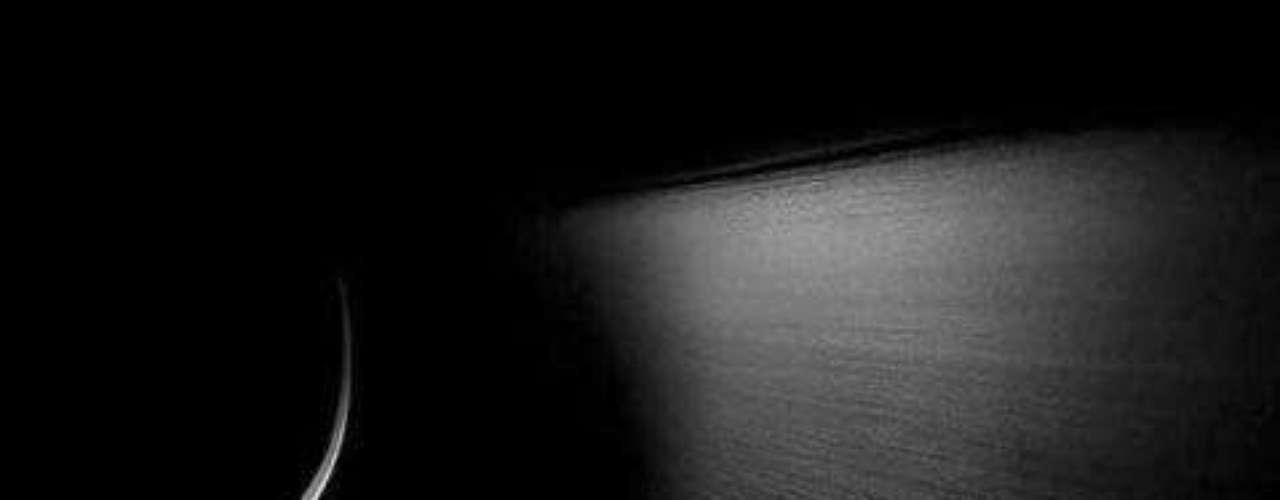 Steinway. Si de fidelidad se trata la marca Steinway es la única que ofrece el mejor sonido y calidad en pianos. Muchas celebridades y especialistas en música los prefieren sobre cualquier otro.