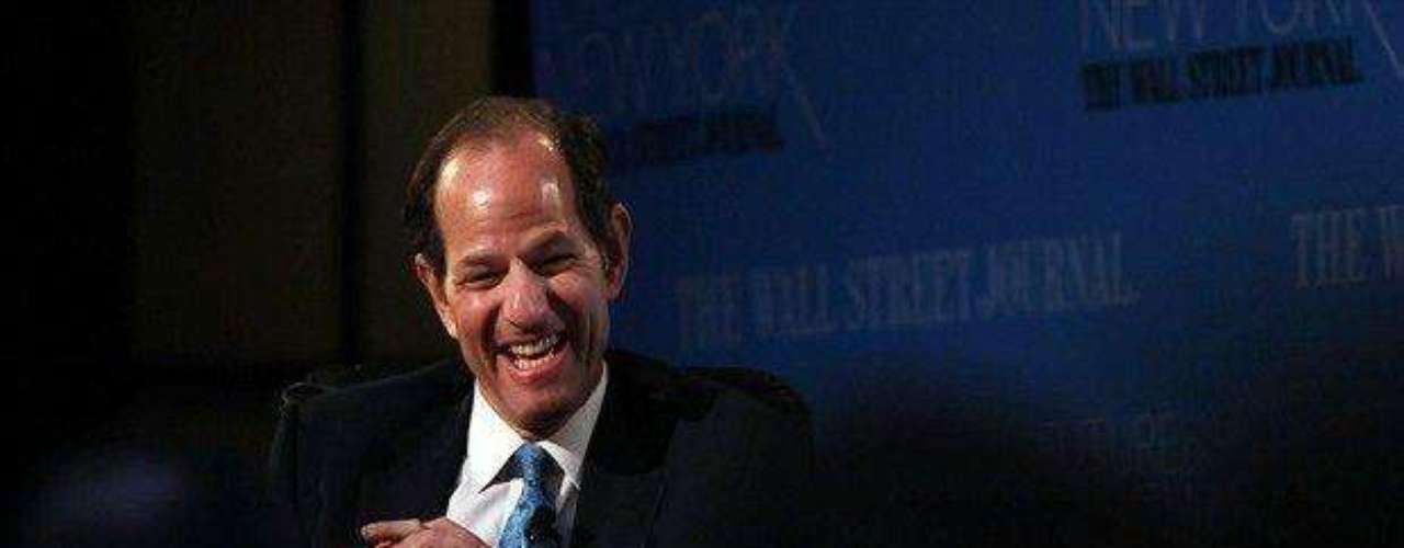 El exgobernador de Nueva York, Eliot Spitzer, se vio obligado a abandonar su cargo en 2008 cuando se comprobó que, a lo largo de 10 años, gastó más de 80.000 dólares en servicios con prostitutas de lujo en una red donde era conocido como el cliente número 9.
