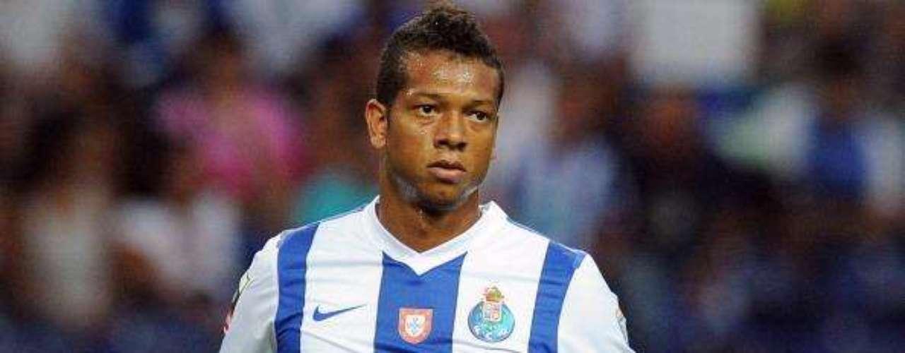 Inter de Milán pagará 170.000 euros mensuales hasta junio de 2012 a Fredy Guarín