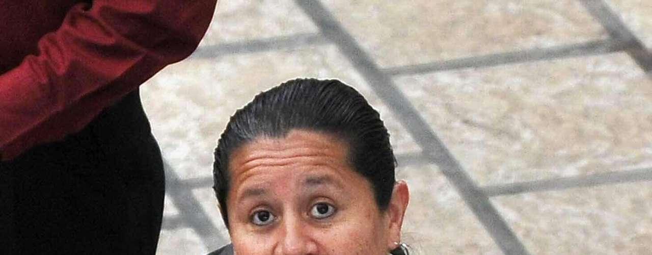 El 6 febrero de 2012 defendiendo a María del Pilar Hurtado, exdirectora del DAS que: Esta exfuncionaria intervino con pulcritud en varios gobiernos y sin cometer delito, siquiera político, es víctima de persecución en nuestro país.