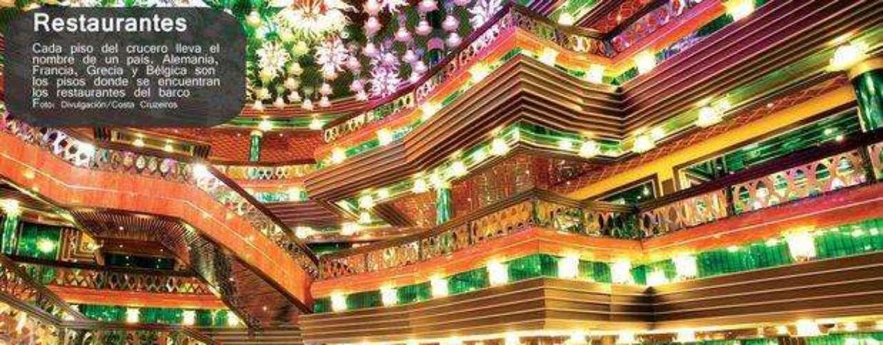 Y para satisfacer el paladar, el Costa Concordia tenía tres restaurantes en distintos pisos.