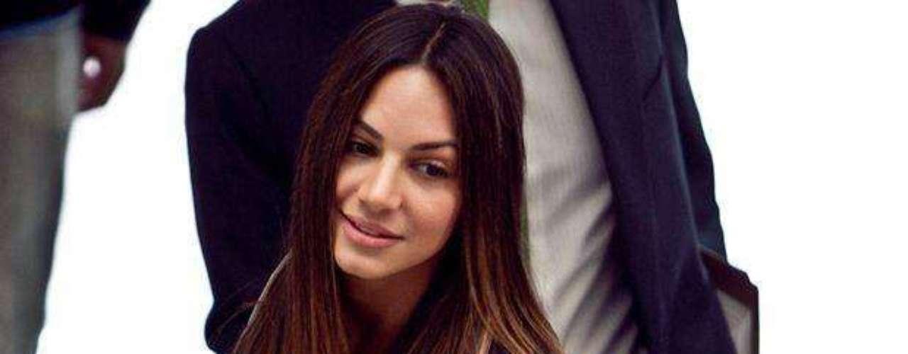 Valerie Domínguez: A la exseñorita Colombia y actriz de 'Los caballeros las prefieren brutas' se le investiga por el presunto peculado por apropiación de 327.0000 millones de pesos en el programa Agro Ingreso Seguro (AIS).