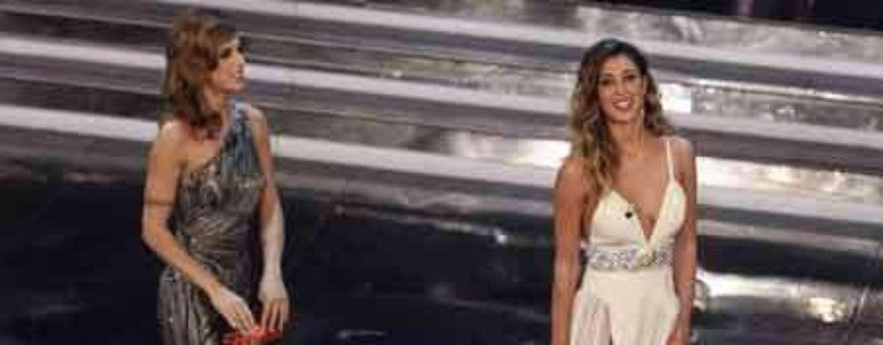 La presentadora argentina Belén Rodríguez, muy sexy sin ropa interior en el Festival de la Canción de San Remo