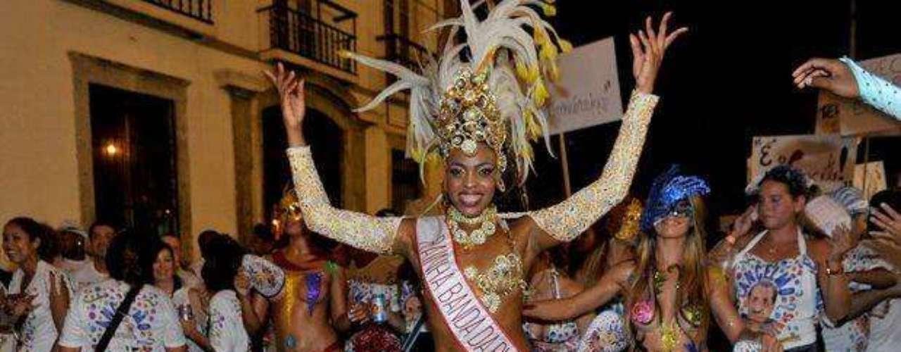 Mujeres pintadas se destacaron en el centro de Río de Janeiro. La gente 'invadió' las calles en el carnaval