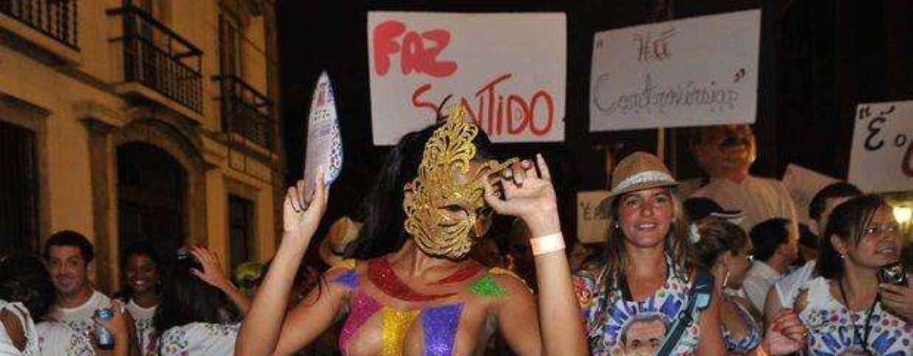 Cuerpos esculturales y deseados se hicieorn presente en el carnaval de Rio