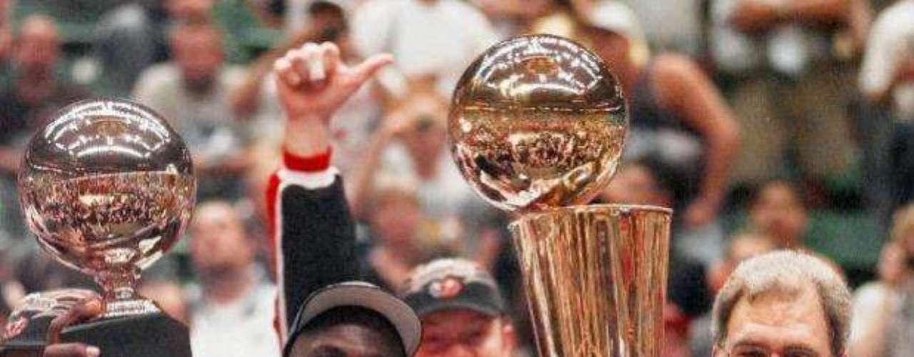 Key to the Bulls dinasty, alongside Michael Jordan, was legendary coach Phil Jackson.
