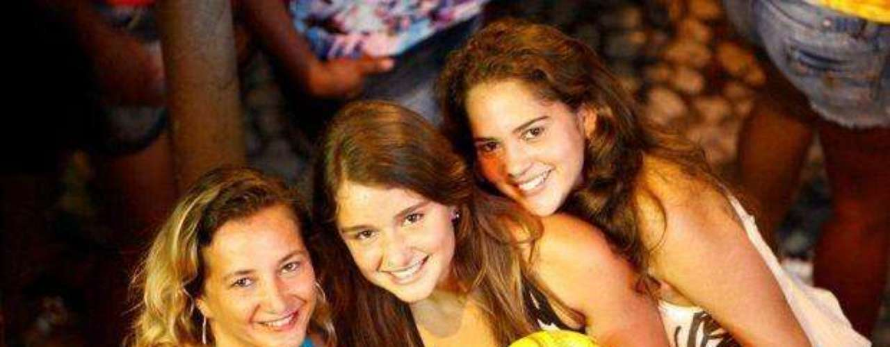 Las mujeres más bellas de Brasil se dan cita en las calles de Salvador Bahía, São Paulo y Río de Janeiro para disfrutar los carnavales.  Sonrisas, baile y mucha energía caracterizan a las brasileñas que vuelven aún más atractivo este evento tan arraigado en la cultura del país.