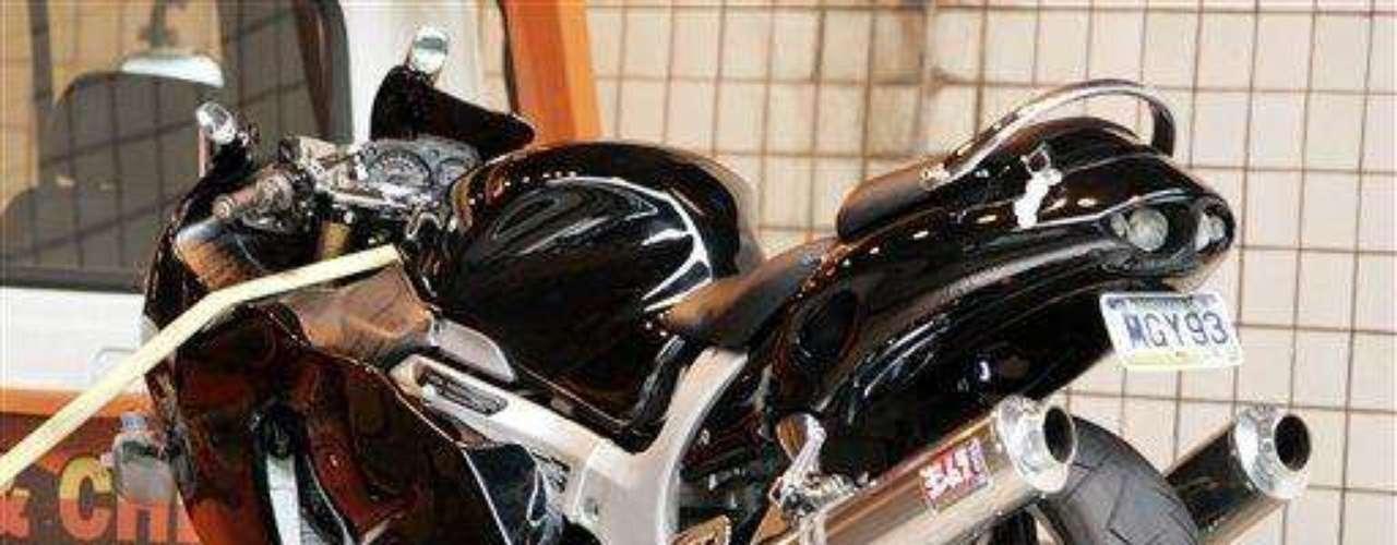 El jugador de la NFL Ben Roethlisberger casi pierde la vida en un accidente en su motocicleta con la cual se estrelló contra un vehículo. Esto sucedió en 2009.