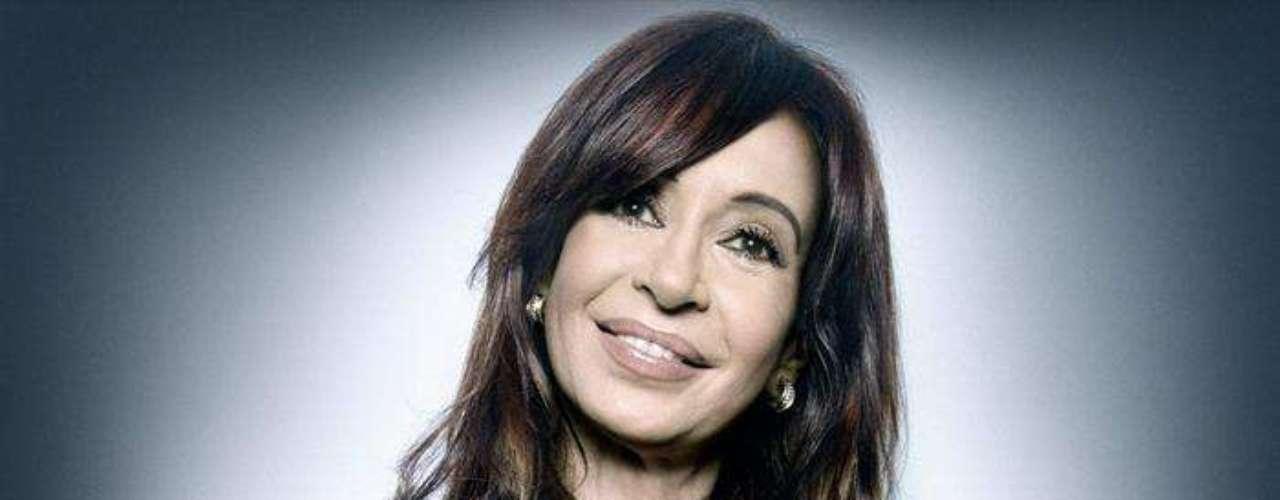 También observó una actitud completamente diferente entre hombres y mujeres al ser fotografiados. Las mujeres como la actual mandataria argentina, Cristina Fernández, actuaban con mucha más soltura y seguridad.