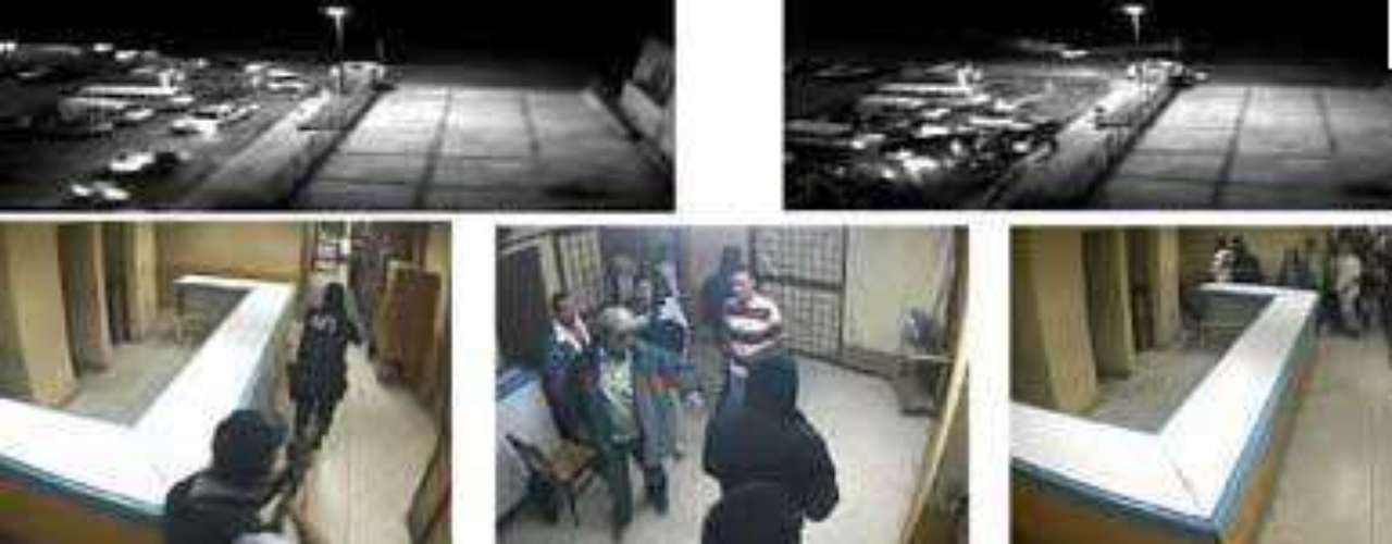 16-mayo-2009.- Un grupo fuertemente armado liberó sin violencia a 53 reos del Centro de Readaptación Social de Cieneguillas, Zacatecas. Un comando con uniformes de la AFI arribó al penal alrededor de las 5:00 horas a bordo de 10 camionetas tipo Suburban. Una vez adentro del penal, en sólo cinco minutos, los 20 sujetos amargaron a los vigilantes y procedieron a liberar a los 53 internos.