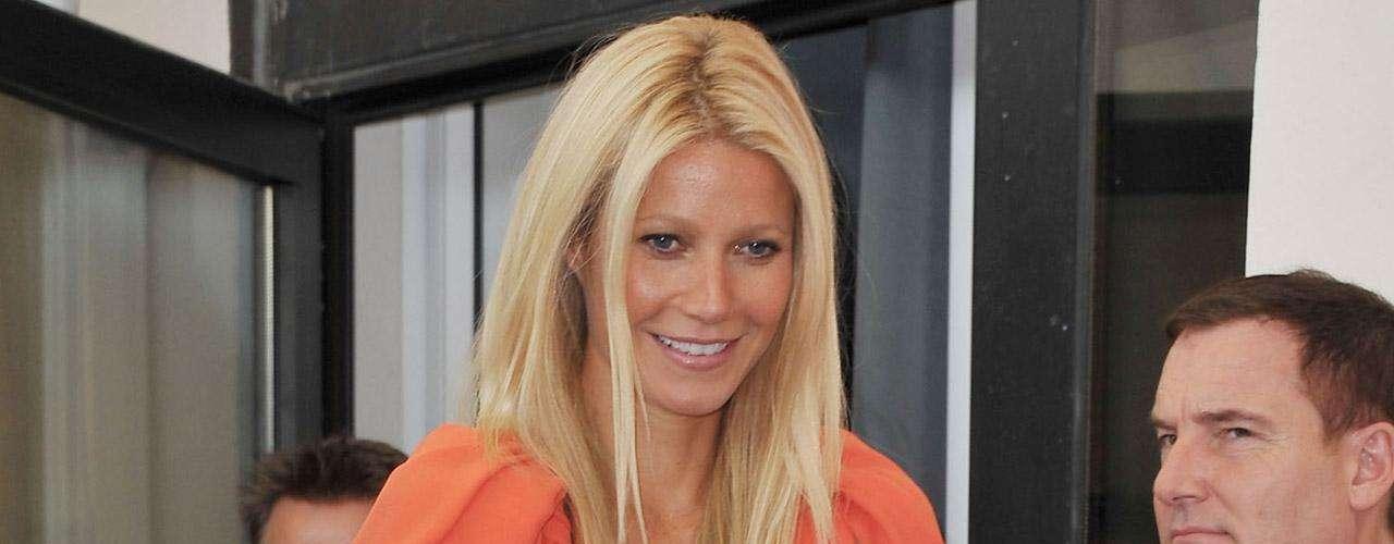 Gwyneth Paltrow ni siquiera sabe por qué le puso a su hija Apple (manzana). Al parecer un día a Chris Martin se le ocurrió que si el matrimonio tenía una niña, sería lindo llamarla 'manzana' porque es un nombre \
