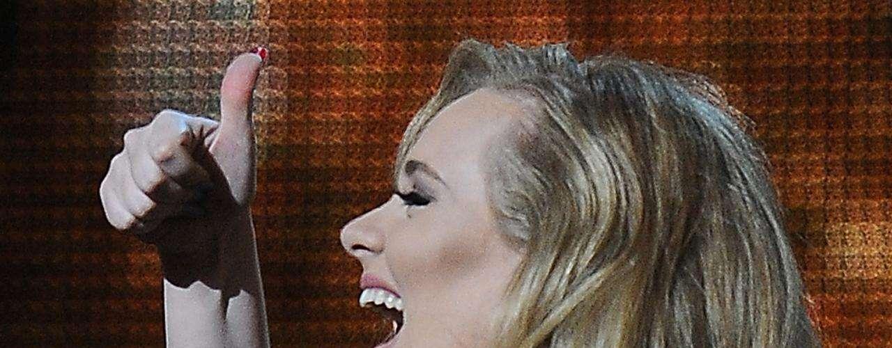 1.-'Set Fire to the Rain' - Adele