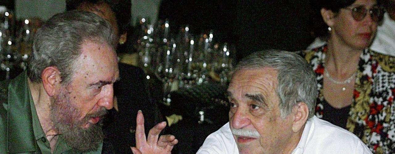 Junto a Fidel Castro en un Festival de Habanos.
