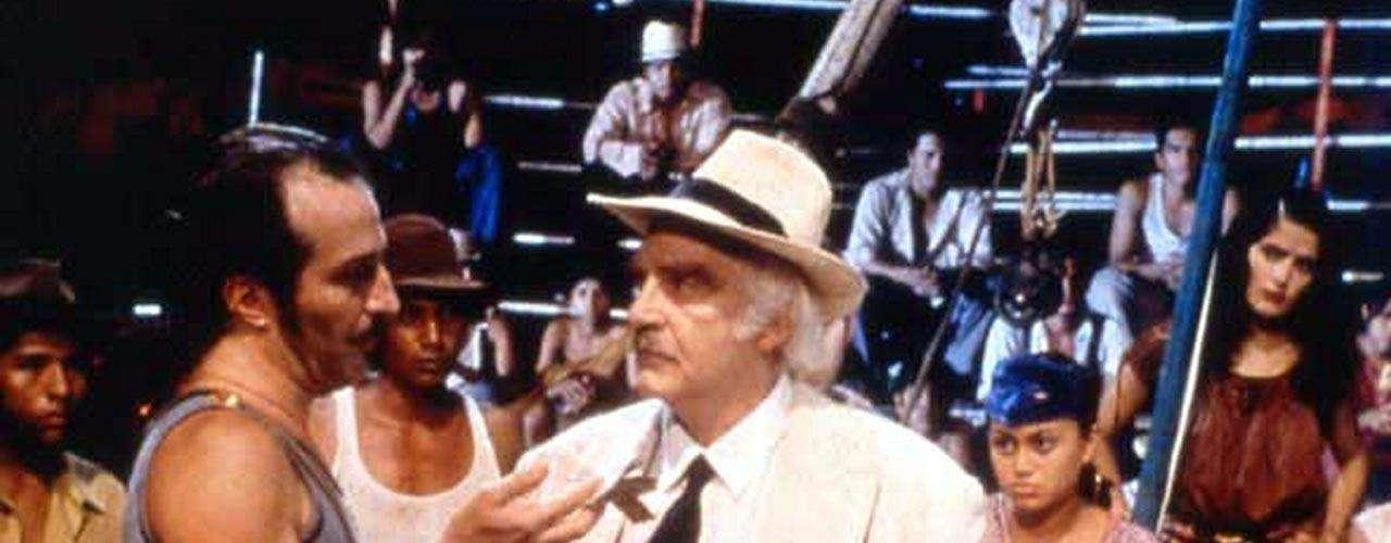 'El Coronel No Tiene Quien le Escriba' (1999). 'Gabo' fue muy reticente a que esta historia fuera adaptada a la pantalla grande, debido al gran cariño que le tiene. Sin embargo, el tratamiento dado al guión lo convenció de aprobar el proyecto.