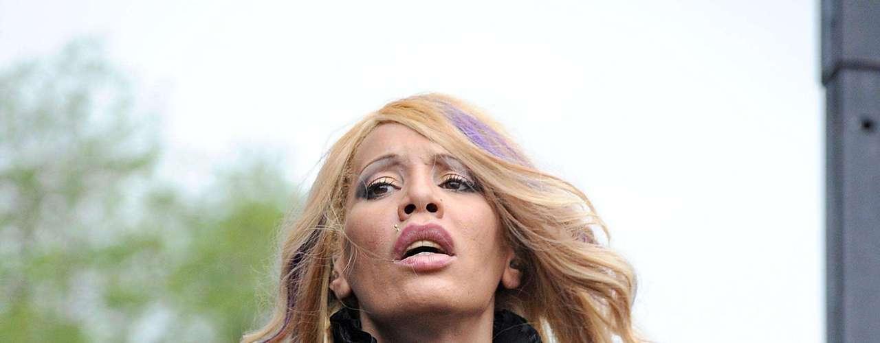 Ivy Queen. Una de las damas que ha representado con gran éxito al género urbano, destacándose pricipalmente en el reggaetón. \