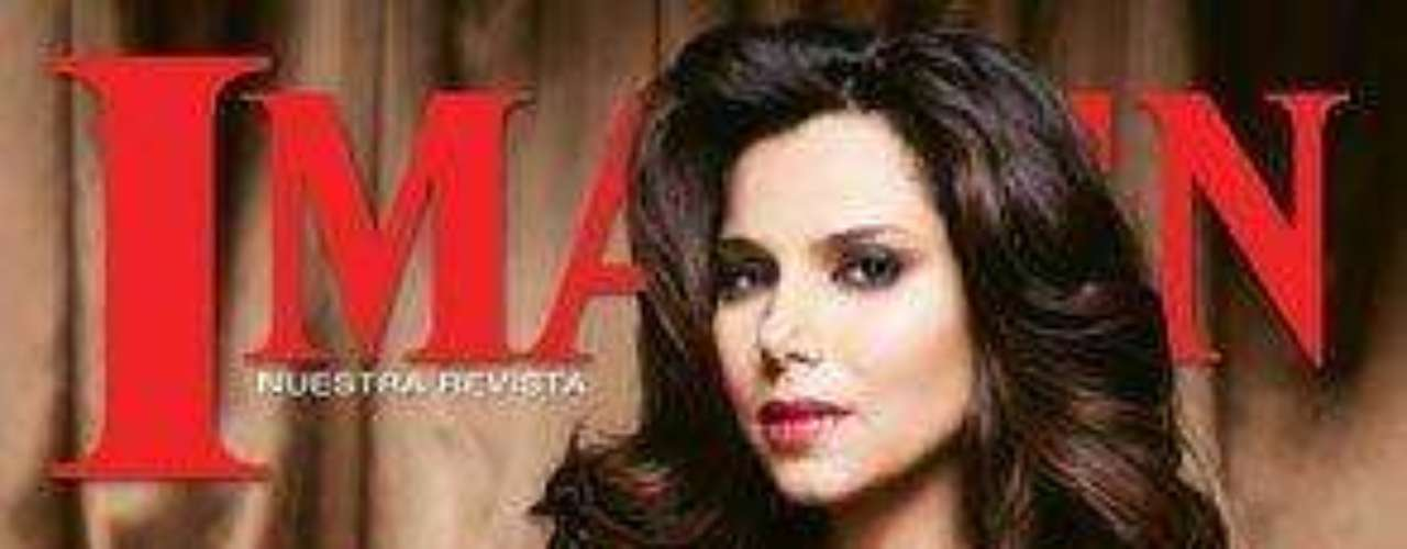 Roselyn Sánchez posó embarazada para la revista Imagen.