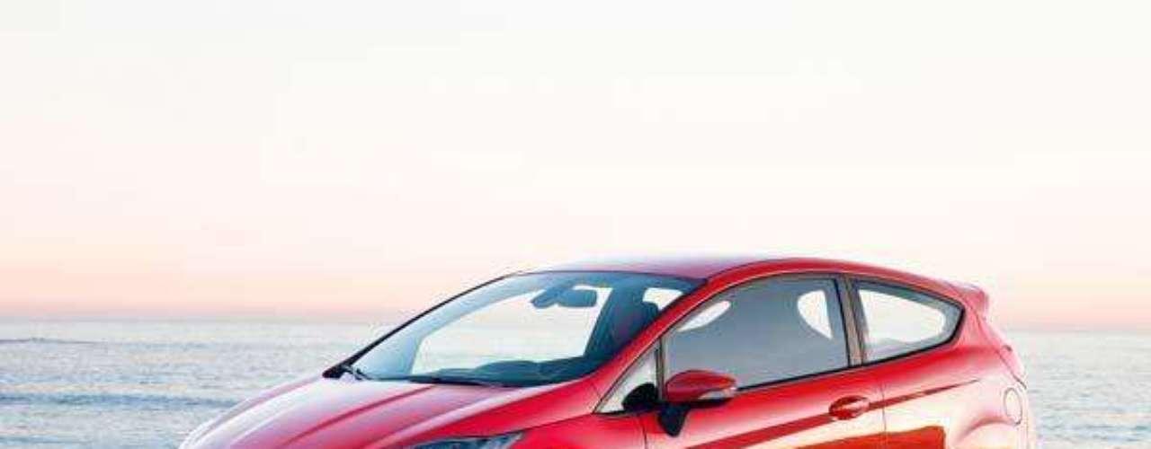Fotos Ford Fiesta ST 2013