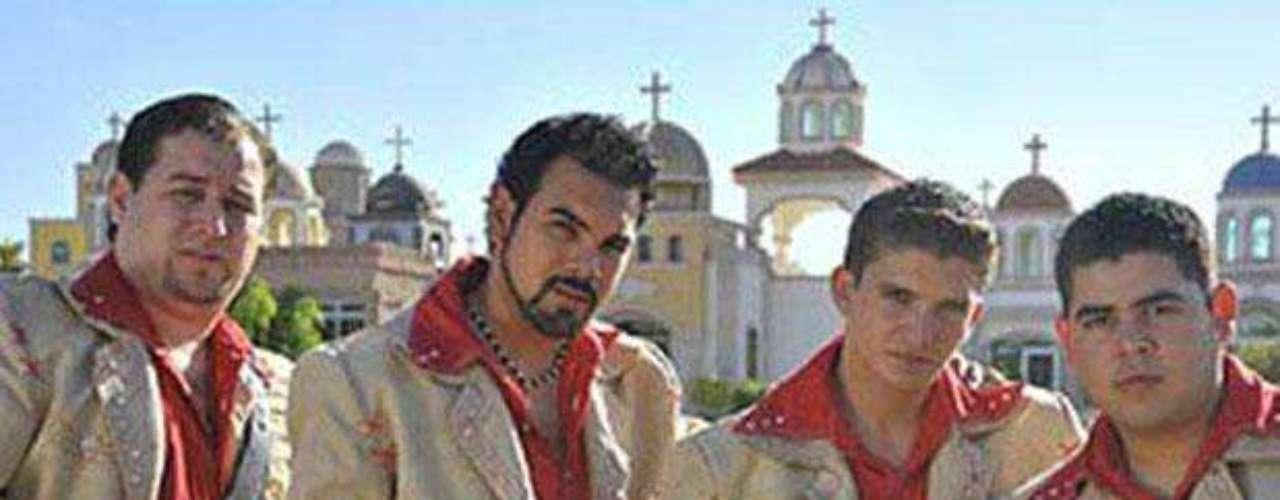 Un integrante del grupo musical Cártel de Sinaloa fue asesinado, el 16 de marzo de 2012, a tiros por un grupo armado en el municipio de Navolato, en el norte de México.
