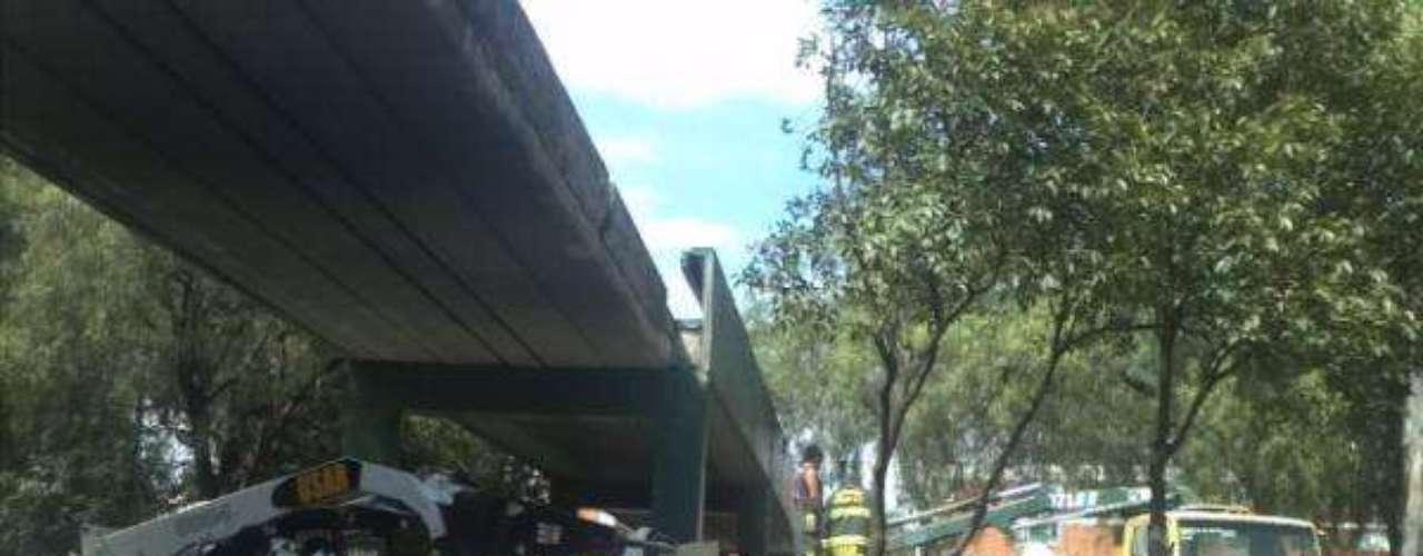 Al lugar llegó el Jefe delegacional, Enrique Vargas, y una ambulancia.