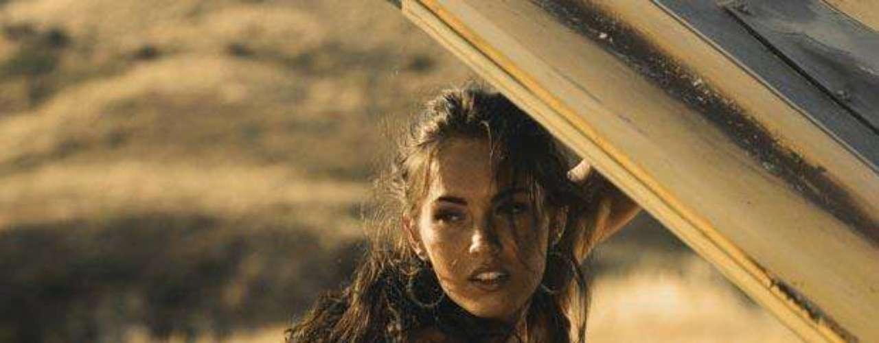 El gran éxito y exposición de Megan Fox llegócon 'Transformers' en 2007, donde se reencontró con el director Michael Bay.