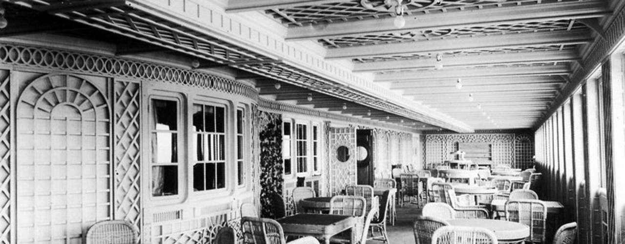 El Cafe Parisien a bordo del RMS Titanic, en una foto sin fecha.