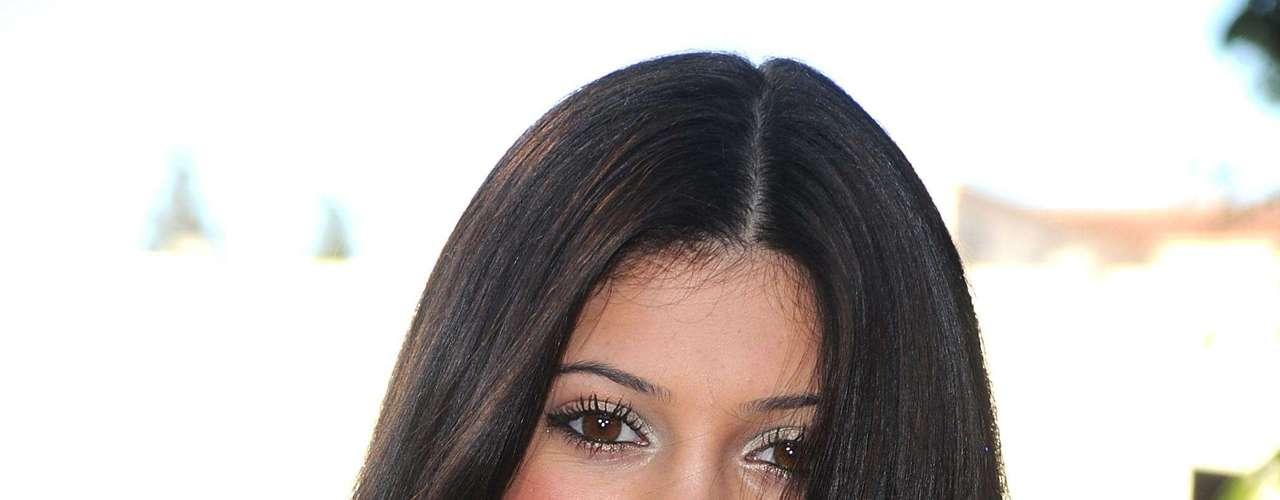 Con belleza y dinero, Kylie parece seguir el camino de sus media -hermanas, las famosas Kardashian.