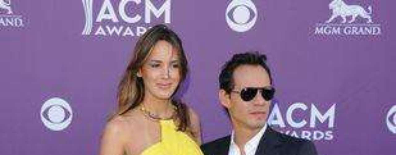 Marc Anthony y su actual pareja, la modelo Shannon de Lima, fueron el centro de la atención durante la gala de los Academy Of Country Music Awards, realizados en el MGM Grand Garden Arena de Las Vegas.