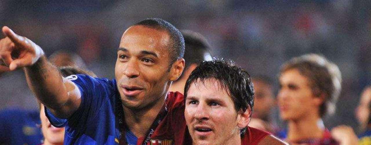 En el 2009 el Barcelona conquistó todos los títulos posibles, Messi y Henry se alzaron con la Champions y le dieron a los culés el tercer título en su historia ganando 2-0 al Manchester United de Rooney y Ronaldo