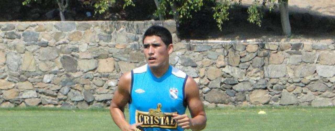 El delantero Irven Ávila trotó por 30 minutos y el brasileño Leandro Franco sigue con su recuperación, realizando labores en el gimnasio y trotando alrededor del campo.