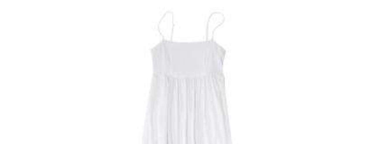Algo similar, un maxi vestido en blanco plisado a sólo 19.99 en Target
