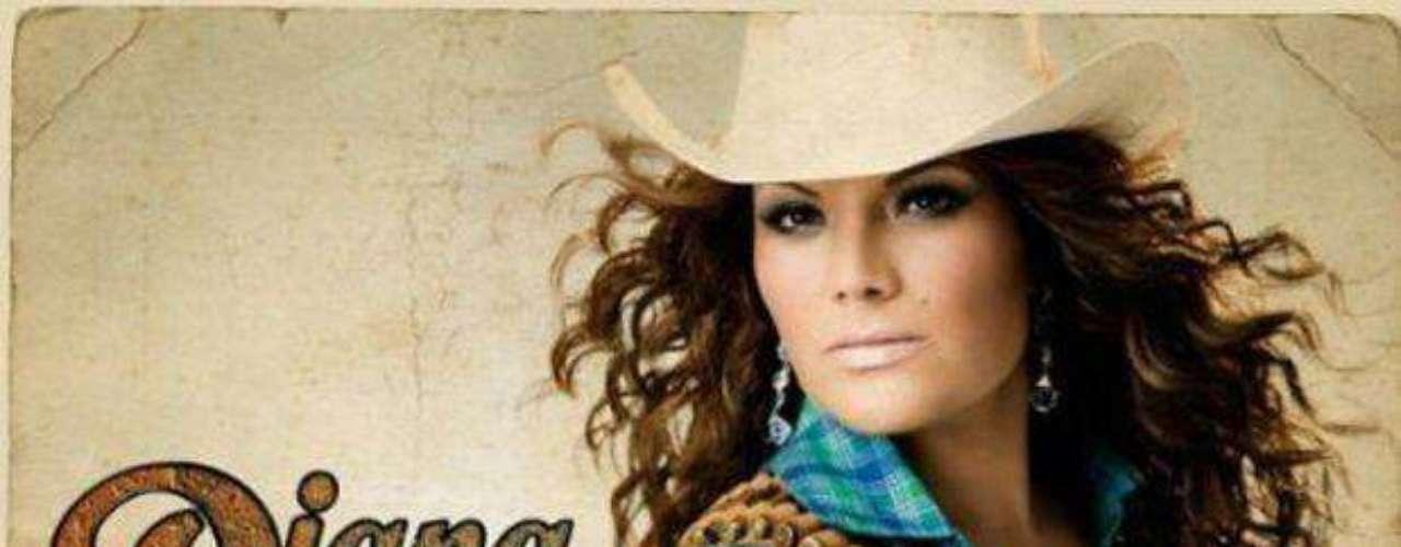 """Diana Reyes anunció que en el mes de mayo hará una extensa gira por México, para darle promoción a """"Ajustando Cuentas"""", su más reciente producción discográfica. Este es el primer disco que graba a ritmo de banda sinaloense y del cual se desprende el sencillo del mismo nombre, en el cual une su voz a la de Jenni Rivera."""