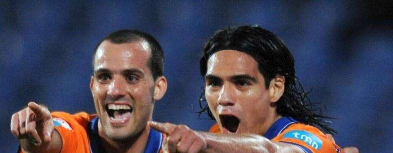 Belenenses fue otro equipo que sufrió el poder del colombiano en ataque, Falcao marcó el tercer gol en la victoria 3-0 en condición de visitante.