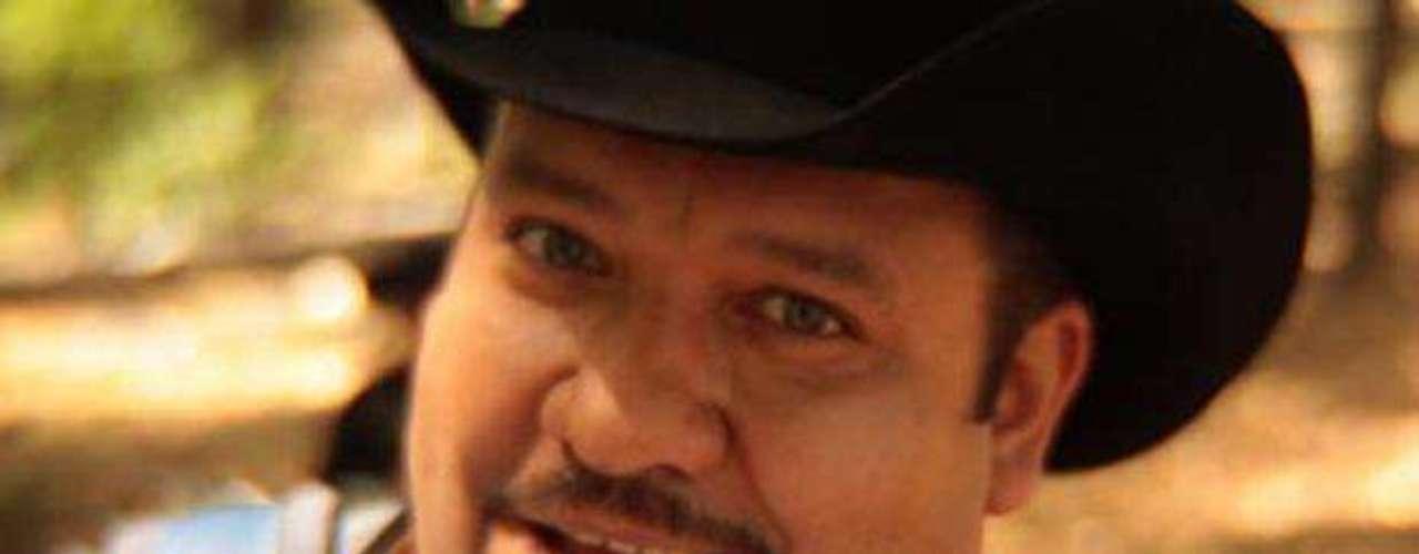 """Hace unos días, Pesado hizo una pausa en su apretada agenda, para grabar en Monterrey las imágenes que formarán parte del videoclip de su nuevo hit """"Qué Bonito Es El Amor"""". El clip estuvo dirigido por Angel Méndez de Titán Films informaron en un comunicado de prensa."""