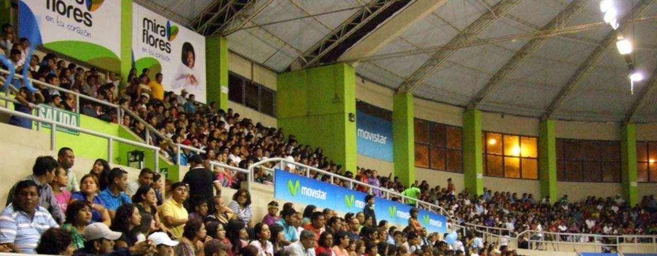 El público vibró en las tribunas.