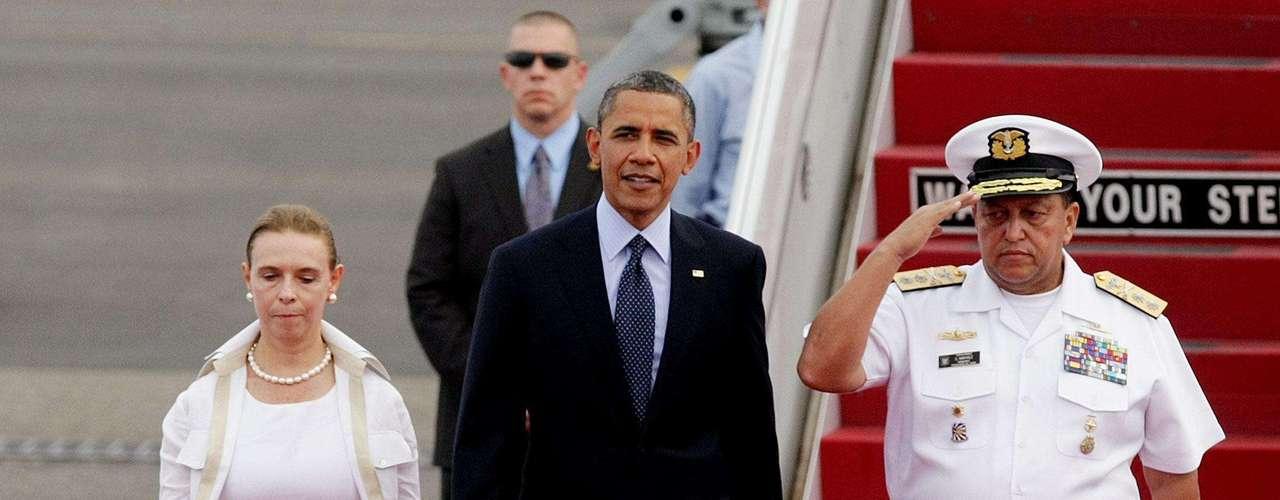 La popularidad de Obama en América Latina se redujo en los últimos dos años, pasando del 62 por ciento de apoyo en 2009, cuando participó en la V Cumbre de las Américas en Trinidad y Tobago, al 47 por ciento en 2011, según destacó este jueves la firma Gallup.