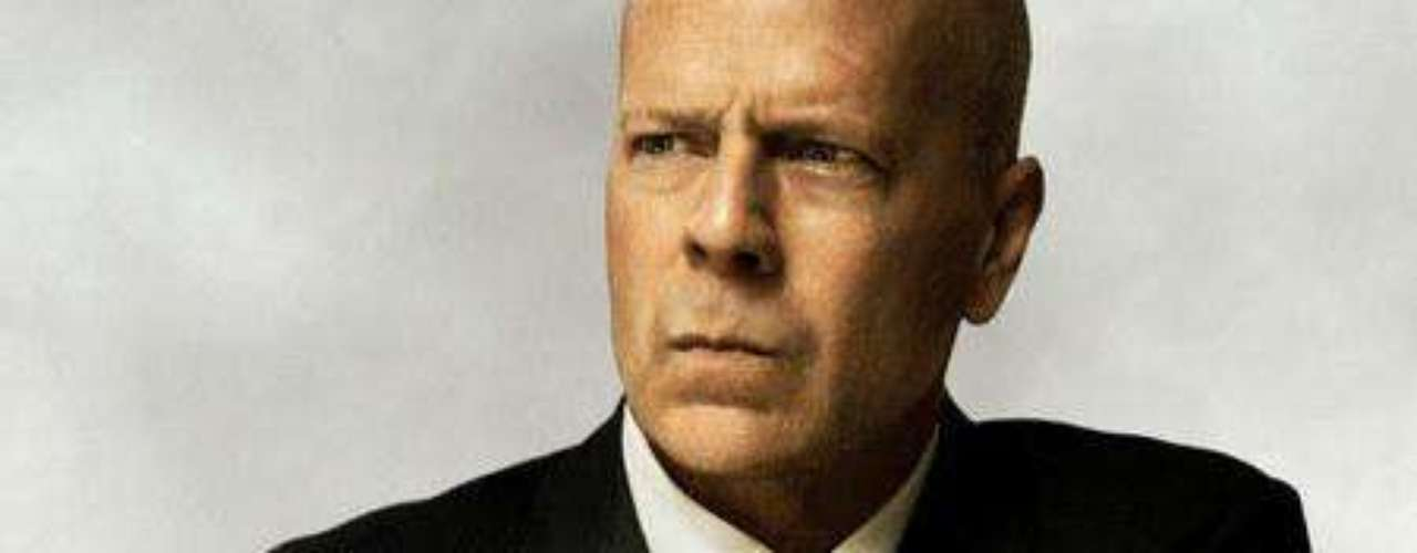 Bruce Willis como Joe.