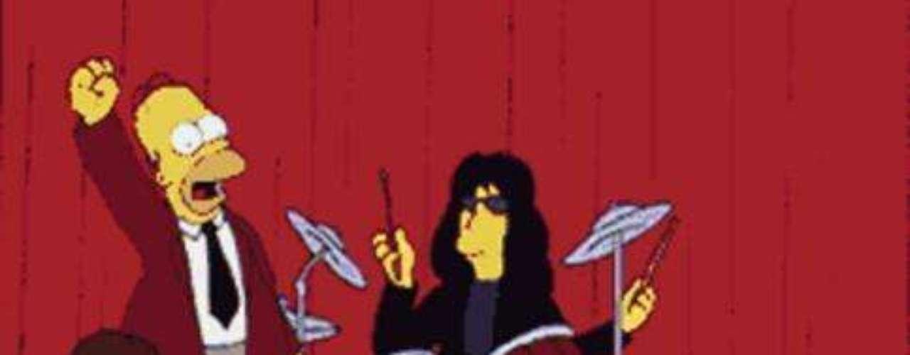 The Ramones le cantó una estridente versión del 'Happy Birthday' al 'Señor Burns'.
