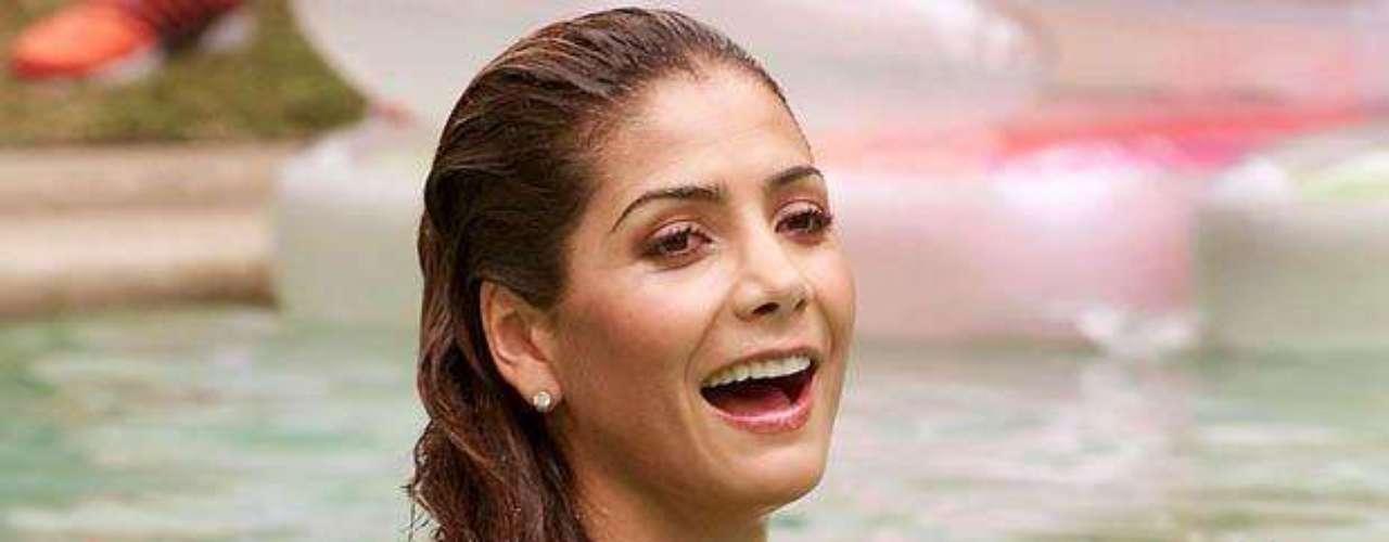 Patricia Manterola es una soberana de la sensualidad, y así fue confirmado cuando la prensa especializada la nombró Reina del Festival Internacional de la Canción Viña del Mar.