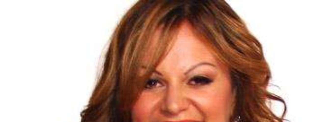 Jenni Rivera luce exuberante.