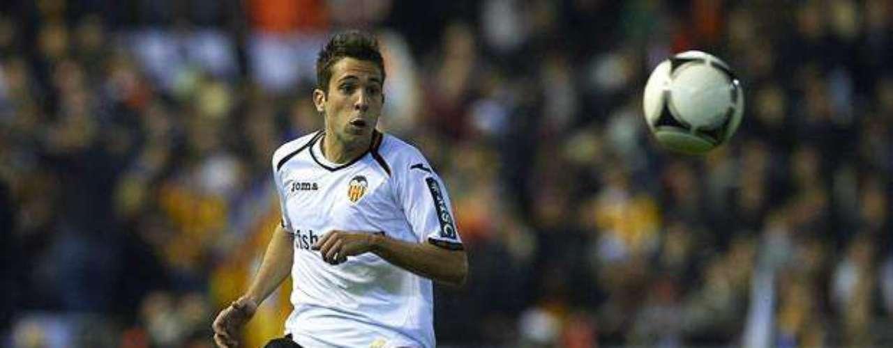 """JORDI ALBA: El lateral izquierdo del Valencia tendría todo acordado para renovar uno de los puestos más """"flacos"""" del equipo azulgrana. La prensa hispana da por hecho el fichaje, aunque ninguno de los clubes se ha pronunciado al respecto."""