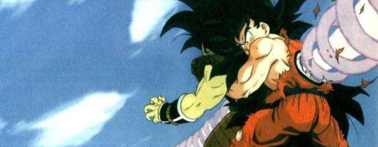 La batalla es ardua y, para derrotar a Raditz, se unen Gokú y Piccolo, su enemigo de años atrás. Juntos, derrotan al saiyajin, que se lleva a Gokú consigo. Antes de morir, Raditz anuncia la llegada de sus dos compañeros saiyajin, que superan ampliamente sus poderes.