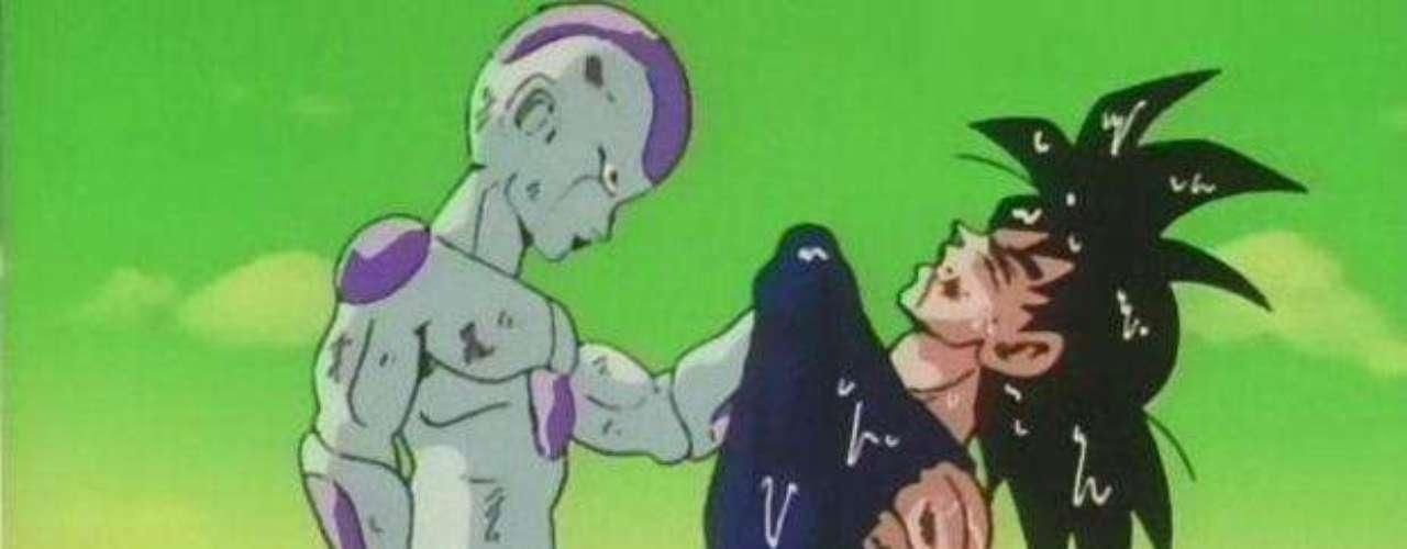 3. Gokú contra Freezer y el nacimiento del Súper Saiyajin. En el planeta Namekusei estalló la batalla más grande. Tras haber enfurecido a Freezer, este se transformó en su forma más poderosa y se encargo de aniquilar a toda una civilización. Gokú, quien había entrenado bajo presiones impresionantes, era el único que podía derrotarlo.