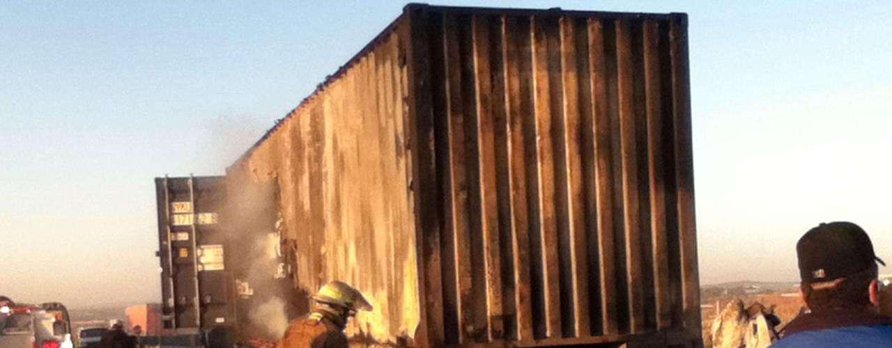 A principios de año un fuerte accidente vehicular carretero se registró en el municipio de San Juan de los Lagos en la Delegación de Jalostotitlan, en Jalisco, luego de impactarse dos camiones de carga a la altura del kilómetro 115 de la autopista San Juan de los Lagos  Lagos de Moreno.