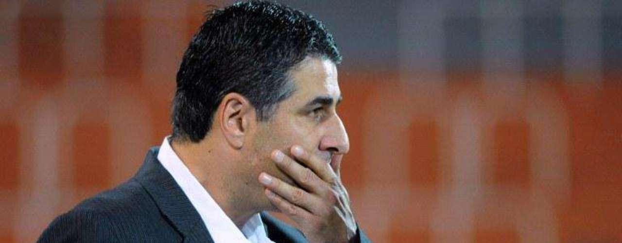 Santiago escobar fue relegado el lunes como entrenador de Atlético Nacional, tras sus malos resultados en la Liga Postobón.